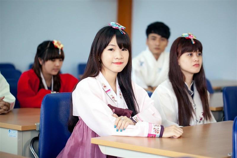 Tuyển sinh du học Hàn Quốc vừa học vừa làm