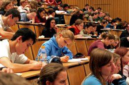 Xin học dự bị đại học tại Đức như thế nào?