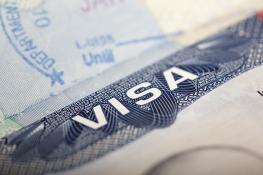 Làm thế nào để xin gia hạn visa du học Mỹ