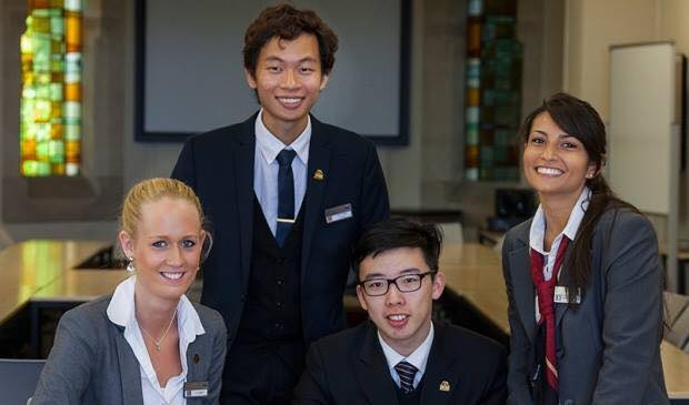 Khóa học tiếng Anh giao tiếp tại Hà Nội