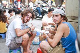 Bắt chuyện với người nước ngoài như thế nào?