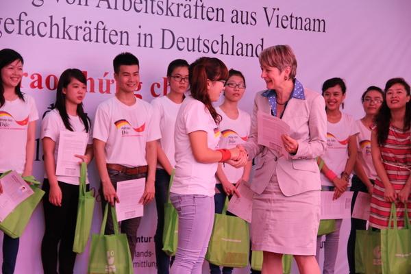 Học tiếng Đức giao tiếp cơ bản