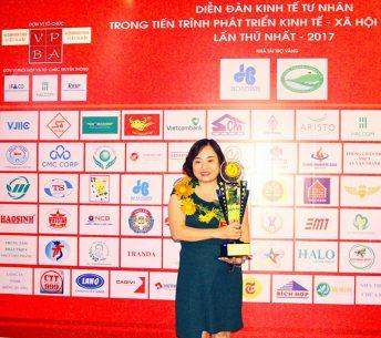 Doanh-nhân-Lê-Hoàng-Dung
