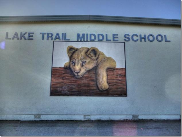 Trường THCS Lake Trail