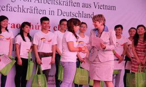 Tuyển dụng điều dưỡng viên làm việc tại Đức phúc lợi cao