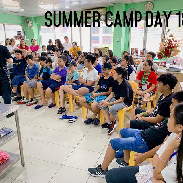 Học sinh sinh hoạt Summer Camp Day