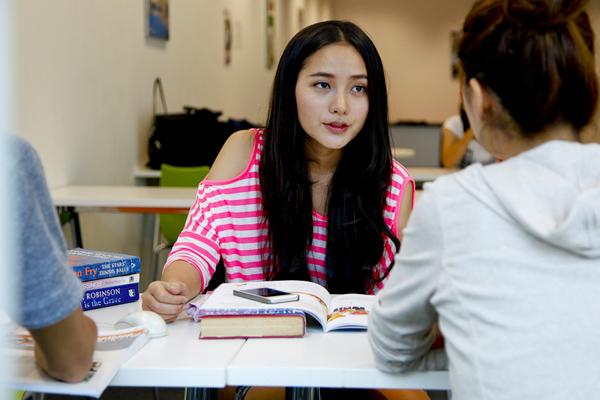 chi phí du học singapore tự túc