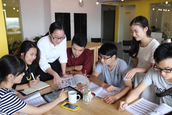 Tuyển sinh khóa học Thông dịch viên tiếng Hàn