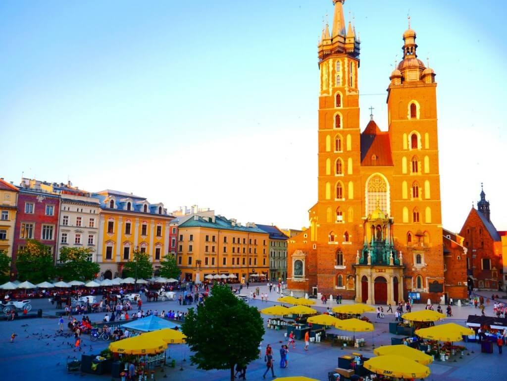 Đến Ba Lan mùa tuyết tan: Yêu sao miền đất Trung Âu xinh đẹp ...
